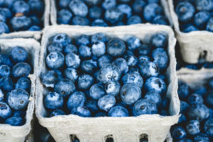 blueberries showing the difference between glycogen and glucose in sports nutrition